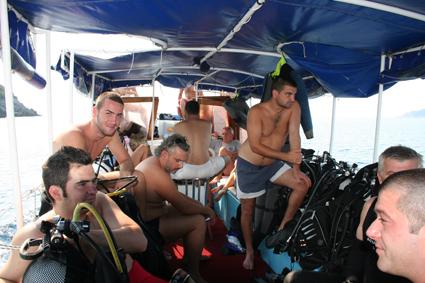 na brodu